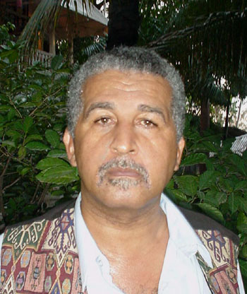 Syto Cavé, photo © Thomas C. Spear Port-au-Prince, 24 octobre 2002