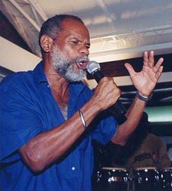 Max Jeanne, photo © José Jean-Pierre Premières Rencontres Poétiques Internationales du Lamentin (Guadeloupe), le 15 novembre 1999