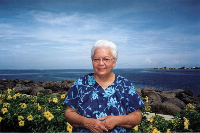 Flora Aurima-Devatine photo @ Poerava Wong Yen Papeete, 2001