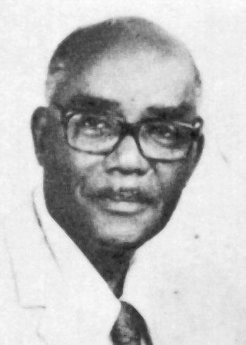 photo de Roger Dorsinville prise à Dakar vers les années 1960 D.R., photo des archives du CIDIHCA