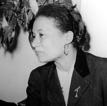 Marie-Thérèse Colimon à Paris, février 1956 photo des archives de la famille Colimon, D.R.