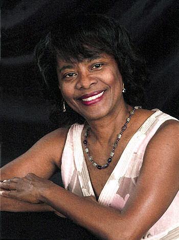 Marlène Rigaud Apollon, photo © Lifetouch Church Directories and Portraits (Galion, Ohio) Boca Raton (Florida), 9 avril 2008